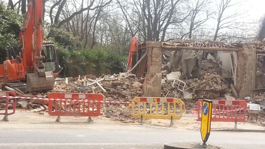 Stop the demolition of pubs without planning protection
