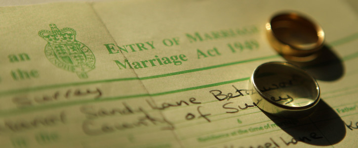 Update the information requirements on marriage certificates!