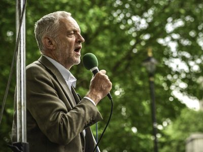 Support Jeremy Corbyn: No to nuclear weapons! No to Trident!