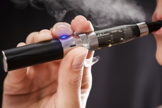 BAN E-CIGARETTES IN PUBLIC PLACES IN ENGLAND