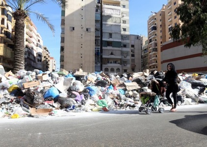 Save Lebanon from the mounting garbage disaster!!