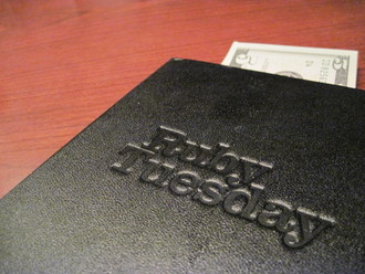 Ruby Tuesday: Bring Back Auto Gratuity on Parties of 6 or More