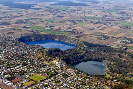 Protect the Limestone Coast from invasive mining and gasfields.