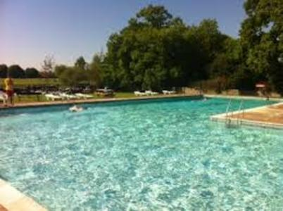 Abbey Meadow Outdoor Pool: Listen to Abingdon!