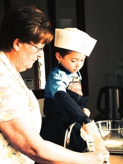 Teach cooking to children and parents