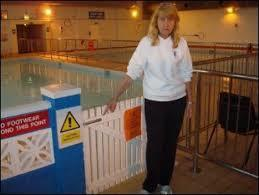 RE-OPEN HENLOW SWIMMING POOL