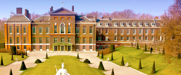 Open Kensington Palace to house the homeless from Grenfell Towers
