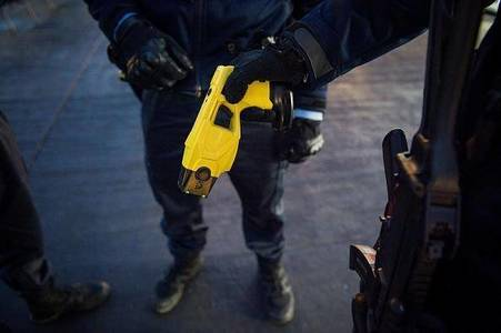 Please Sign Petition  Tasers Kill, Stop Mandatory Police Tasers Devon And Cornwall #amnesty