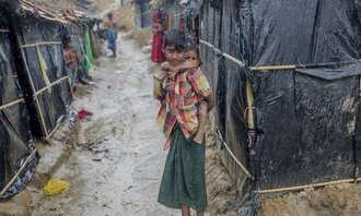 UK government, rescue Rohingya refugees at risk of death in forthcoming cyclone season
