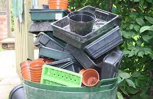 Ban the sale of single-use plastic plant pots in garden centres and plant nurseries.