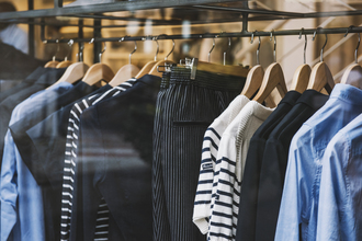UK: Ban retailers from sending clothes to landfill
