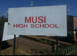 Sign to demand healthy food for Musi High School