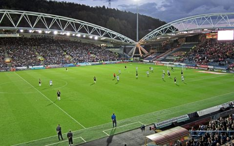 Huddersfield Town AFC: Ditch single use plastic