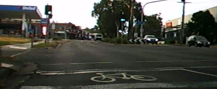 Bike Lanes the full length of Main Road Eltham