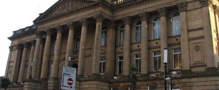 Petition for Morley Town Council To Return  £1,012 Mayoral Robe