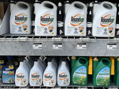 MONSANTO'S Round Up FOR SALE in Canada