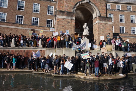 Bristol Uni Support the Climate Strikes!
