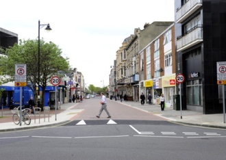 KEEP PALMERSTON ROAD SOUTH PEDESTRIANISED