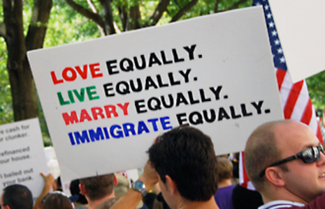 Tell Senator Schumer: Protect LGBT Families in Immigration Bill
