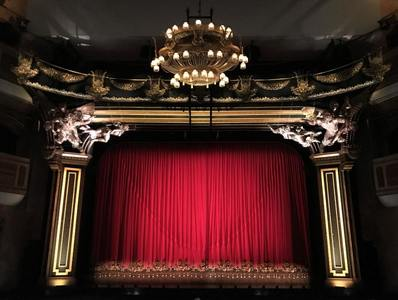Save theatres & entertainment industry all live music venues Cinemas & Pubs