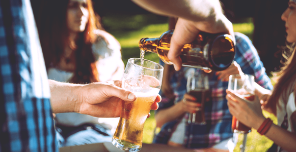 Lift the alcohol ban on Glasgow's streets and parks