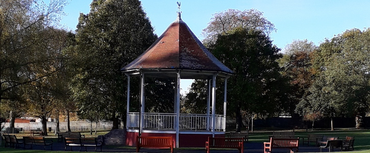 Allow Dogs Off Lead in John Coles Park