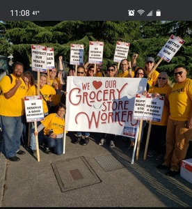 Hazard Pay for Grocery Workers King County