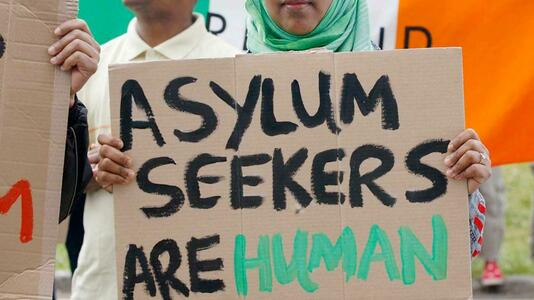 Improve Housing Conditions Received by Asylum Seekers