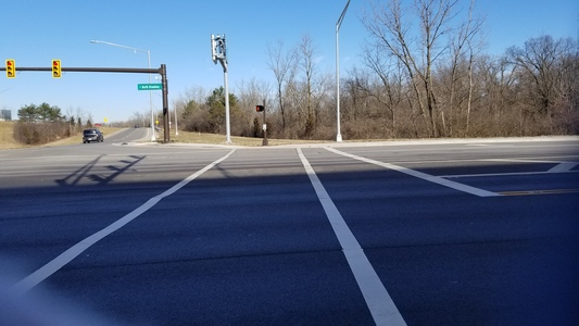 Tell Columbus City Council: Cancel the dangerous North Broadway crossing for the Olentangy Trail
