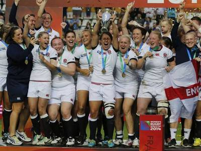 Award Honours to mens and womens sports teams equally